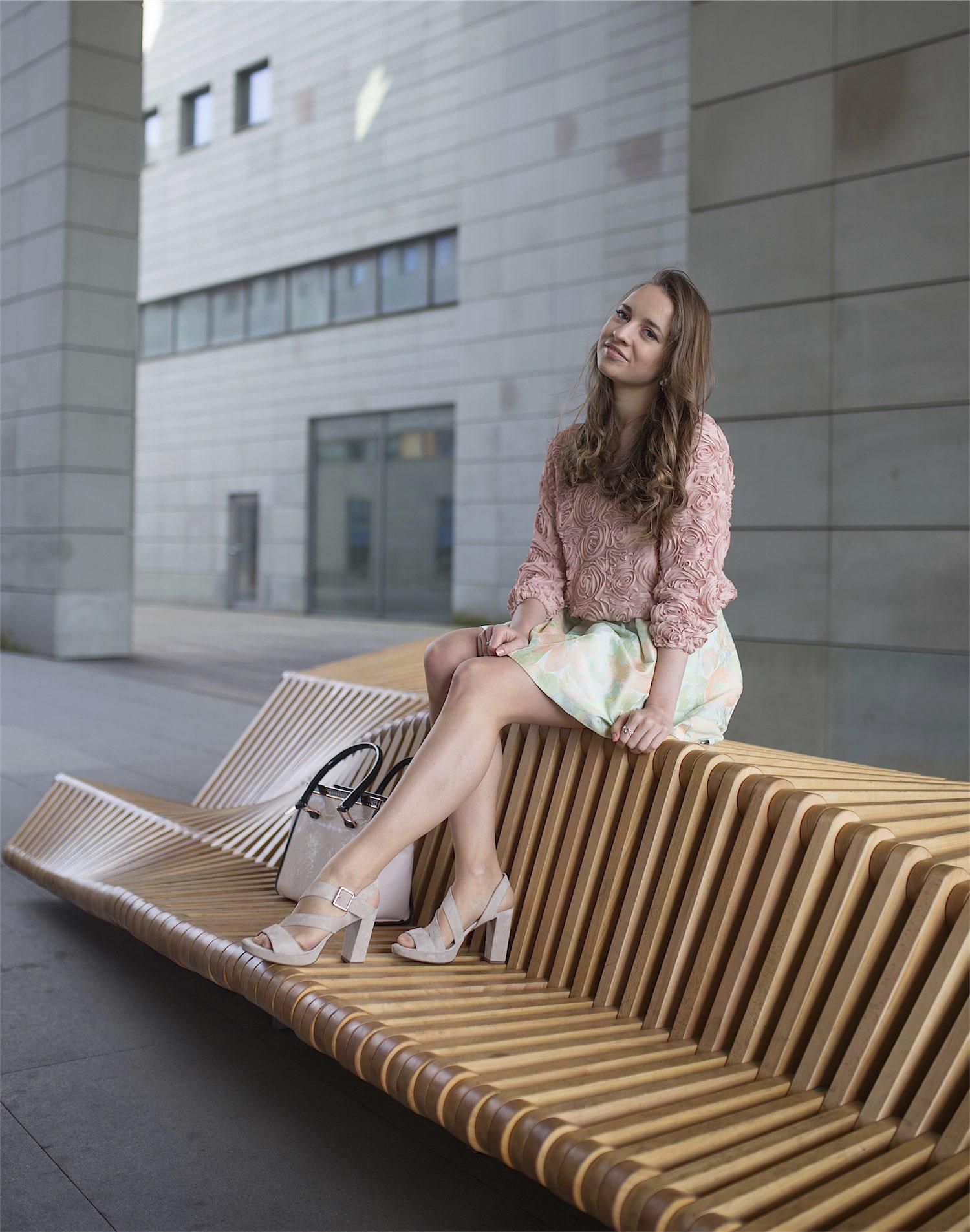 fashion-blogger-kateillustrate-tedbaker-skirt1