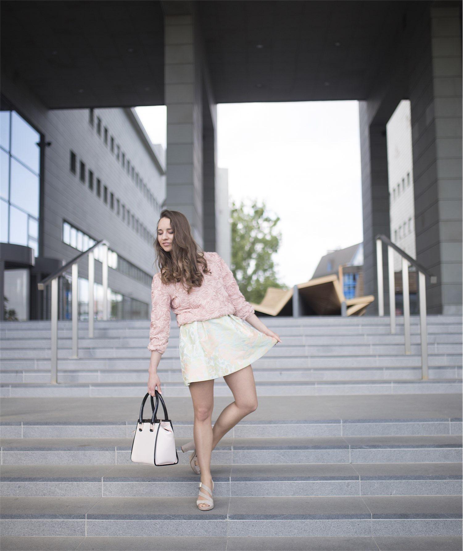 fashion-blogger-kateillustrate-tedbaker-skirt2