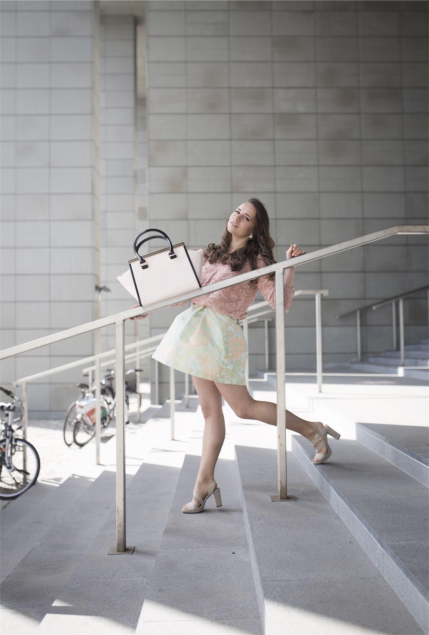 fashion-blogger-kateillustrate-tedbaker-skirt4