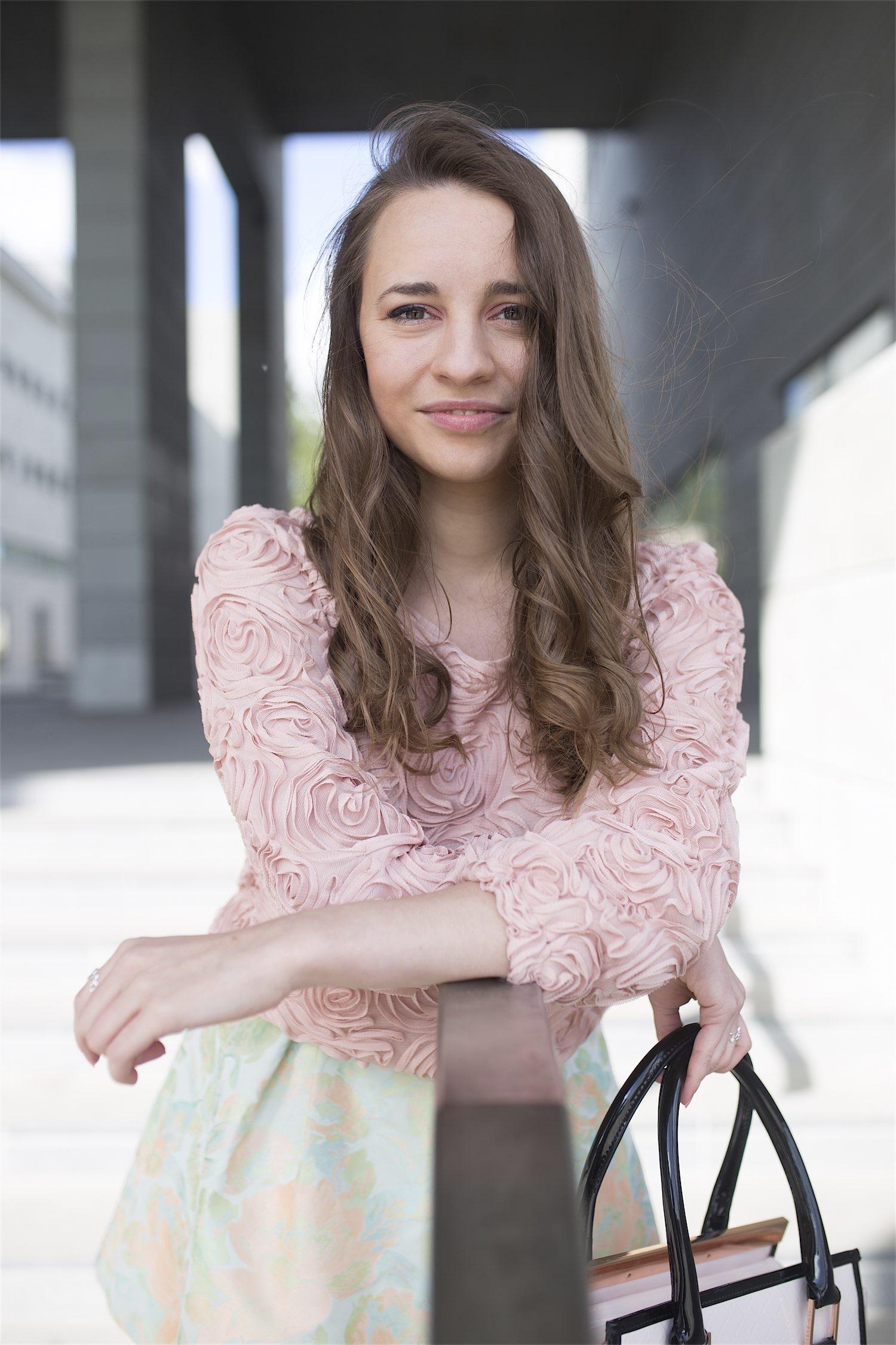 fashion-blogger-kateillustrate-tedbaker-skirt6