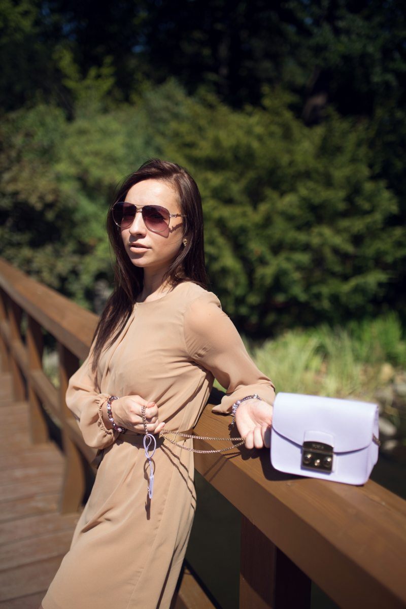 fashion-blog-kateillustrate-beige-dress7